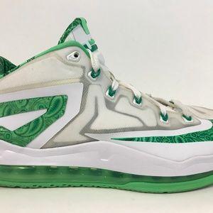 NIKE LeBron XI 11 Basketball Shoe Sz 8.5 Easter